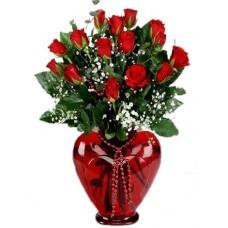 Kırmızı Kalp Vazo 15 Adet Gül
